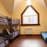 Первые шесть комнат четырехместные.
